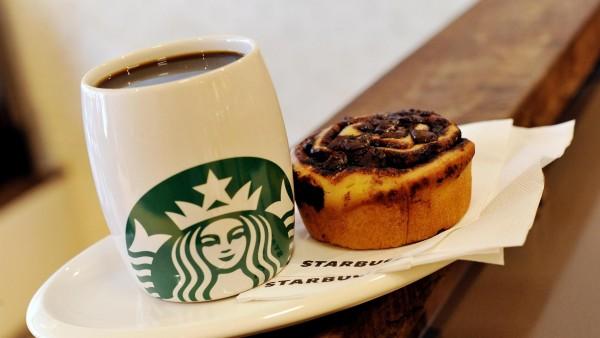 Starbucks кофе и булочка - которые принесли миллиарды прибыли