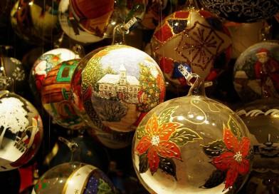 Украшение фасадов на Новый Год — хороший бизнес? Или ниша, свободная от конкуренции
