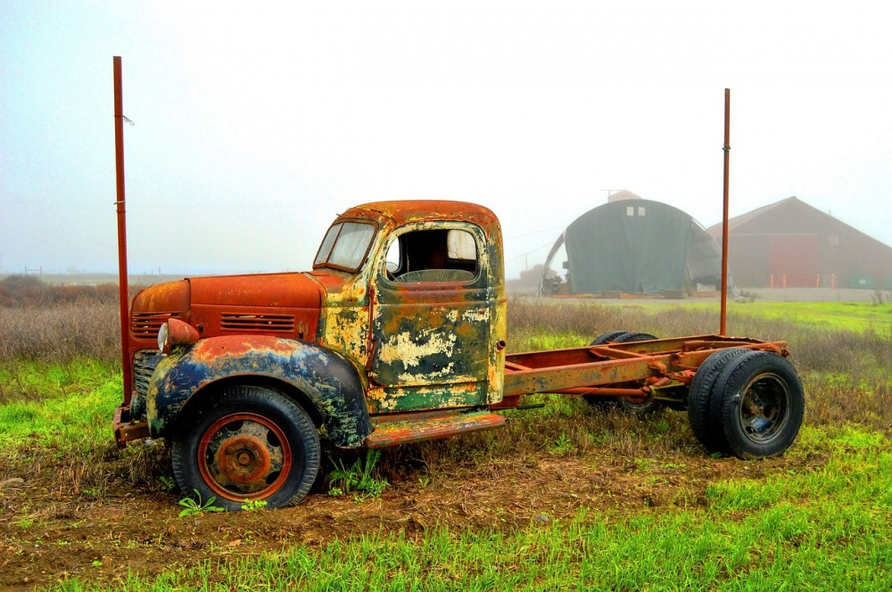 грузовик металл утиль сталь