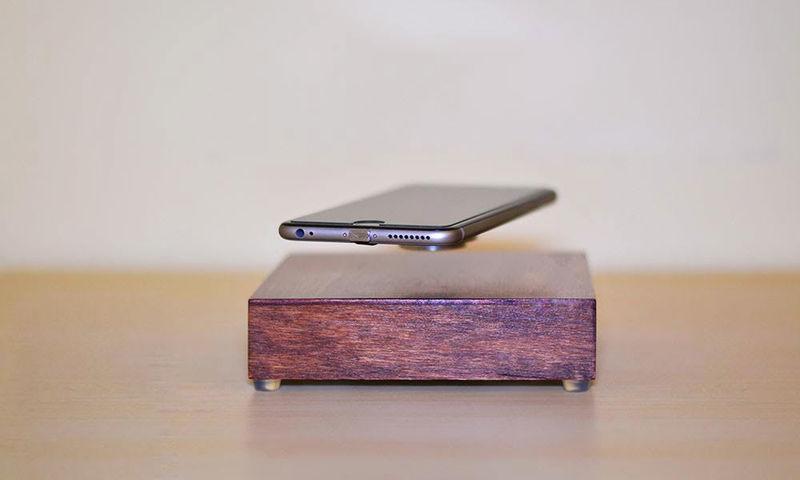 зарядка для телефона левитация
