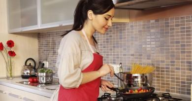 кухня хозяйка