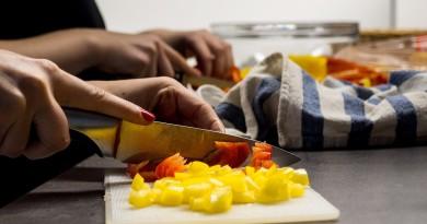 кухня повар