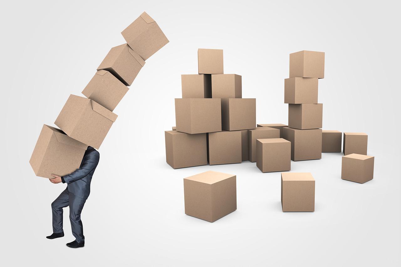 коробка груз человек бизнесмен