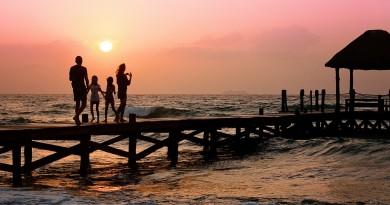семья отдых море