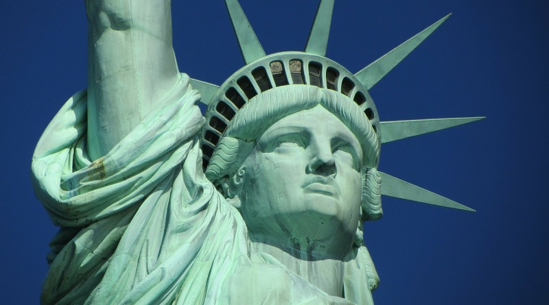 statue-of-liberty-hobiz.ru-267948_1280