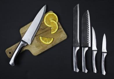 Магнит — маленький помощник домохозяйки: многофункциональные ножны-подставки для кухонных ножей