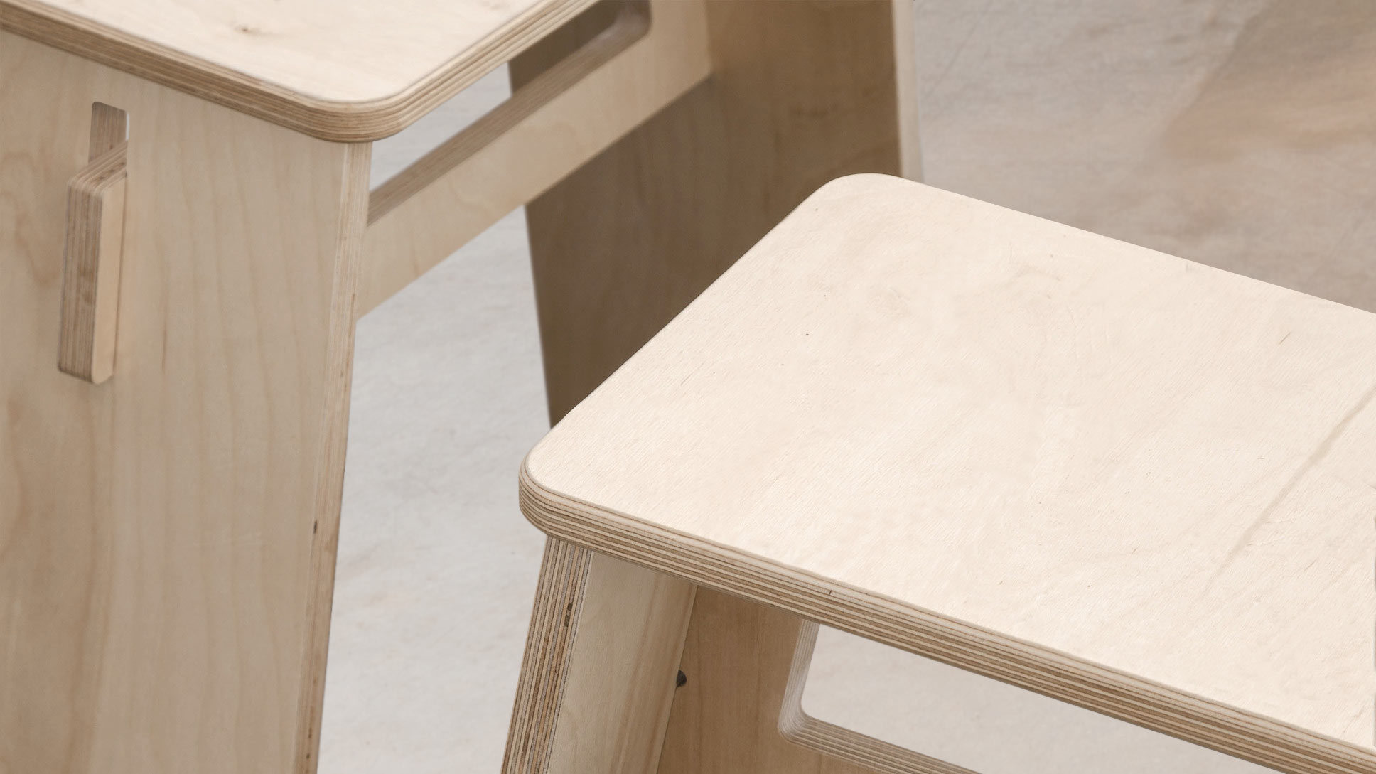 opendesk_furniture_johann-stool_product-page_gallery-image-01.default